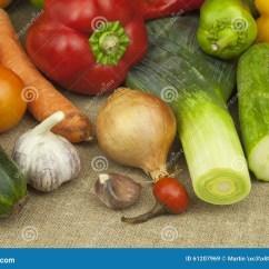 Kitchen Prep Table Curtains Sets 厨房用桌 为烹调菜盘准备健康饮食的食物库存图片 图片包括有绿色 饮食 为烹调菜盘准备健康饮食的食物