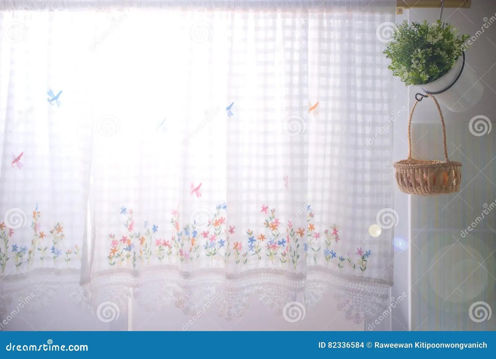kitchen curtains for sale delta faucet repair parts 厨房窗口穿戴了与花边窗帘和花盆库存例证 插画包括有作用 夏天 室内 厨房窗口穿戴与花边窗帘和花盆 有太阳火光作用的