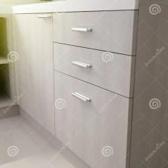 Kitchen Cabinet Door Square Tables 厨柜门把手库存图片 图片包括有适合 餐具柜 厨房 碗柜 橡木 家具 关闭厨柜门把手