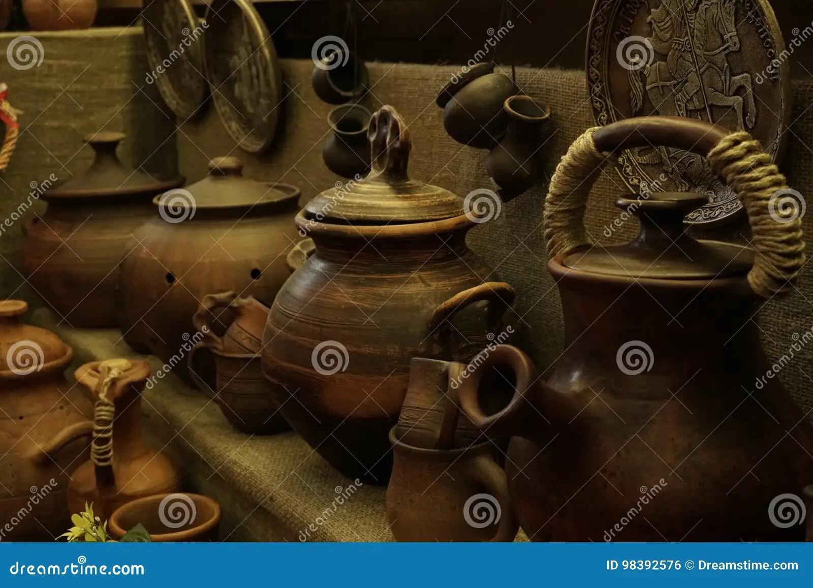 kitchen aid ovens cabinets prices 古色古香的器物 罐和杯子 厨房辅助部件库存照片 图片包括有手工 夏天 厨房辅助部件