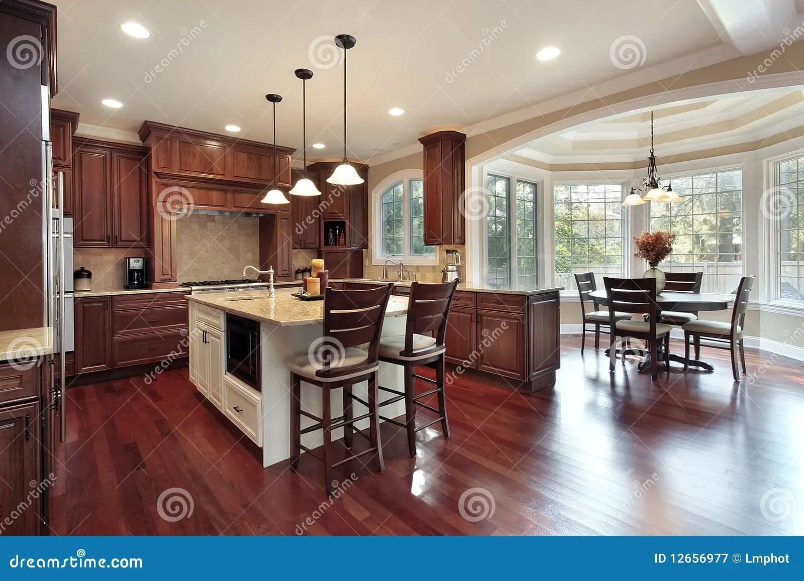slate floor kitchen install island 吃厨房的区库存图片 图片包括有实际 不锈 椅子 厨房 花岗岩 板岩 吃地板厨房木头的区樱桃