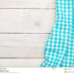 Towel For Kitchen Beautiful Rugs 在木厨房用桌的蓝色毛巾库存图片 图片包括有降低 特写镜头 餐馆 盖子 在木厨房用桌的蓝色毛巾