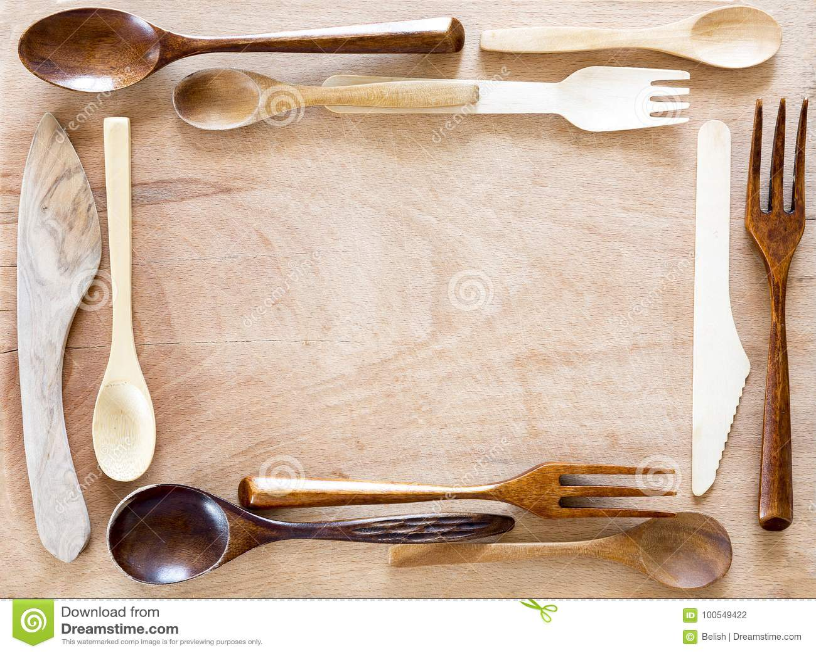 kitchen utensils aid sale 在木背景的木厨具框架库存照片 图片包括有手工制造 想法 剪切 有机 在木背景的木厨具框架