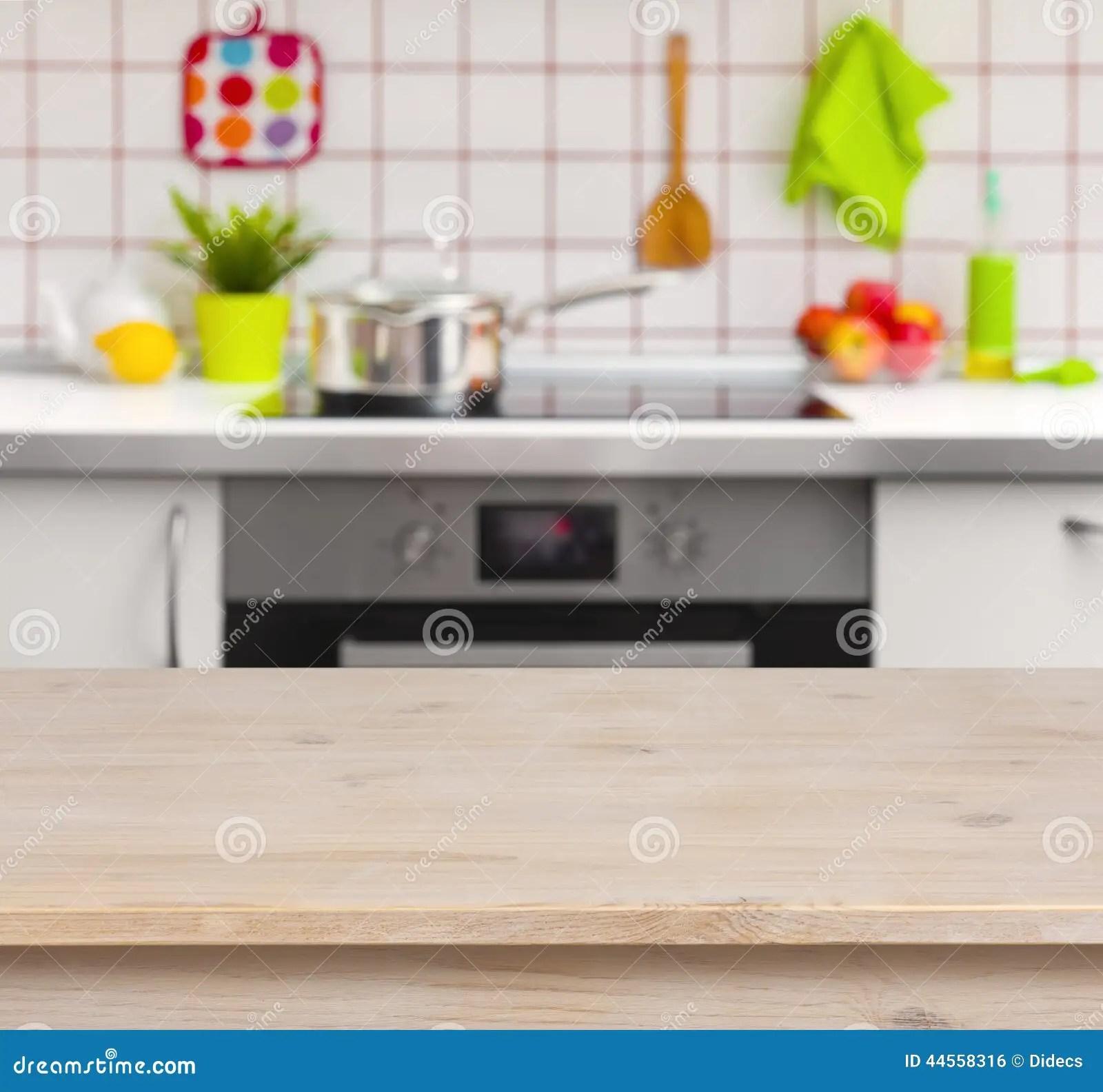 kitchen banquette how to repair faucet 在被弄脏的厨房长凳背景的木桌库存照片 图片包括有广告 蓝色 颜色 在被弄脏的厨房长凳背景的木桌