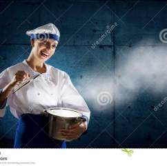 Kitchen Magician Metal Cabinets 她是魔术师作为厨师混合画法库存照片 图片包括有快乐 主厨 厨房 国内 做上面魔术的年轻可爱的厨师妇女