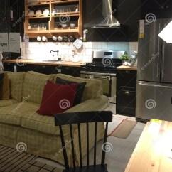 Home And Kitchen Stores Bar Tables 家庭娱乐室厨房家具在商店宜家的待售编辑类库存照片 图片包括有现代 家庭娱乐室厨房家具在商店宜家的待售