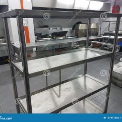 Kitchen Banquet Spring Faucet 2018年1月8日 吉隆坡宴会厨房舞厅的固定设备库存照片 图片包括有工具箱 吉隆坡宴会厨房舞厅的固定设备