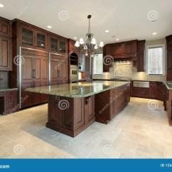 Slate Kitchen Faucet Ceramic Tile Countertops 建筑家庭厨房大新库存照片 图片包括有正餐 花岗岩 不锈 庄园 照明 建筑家庭厨房大新