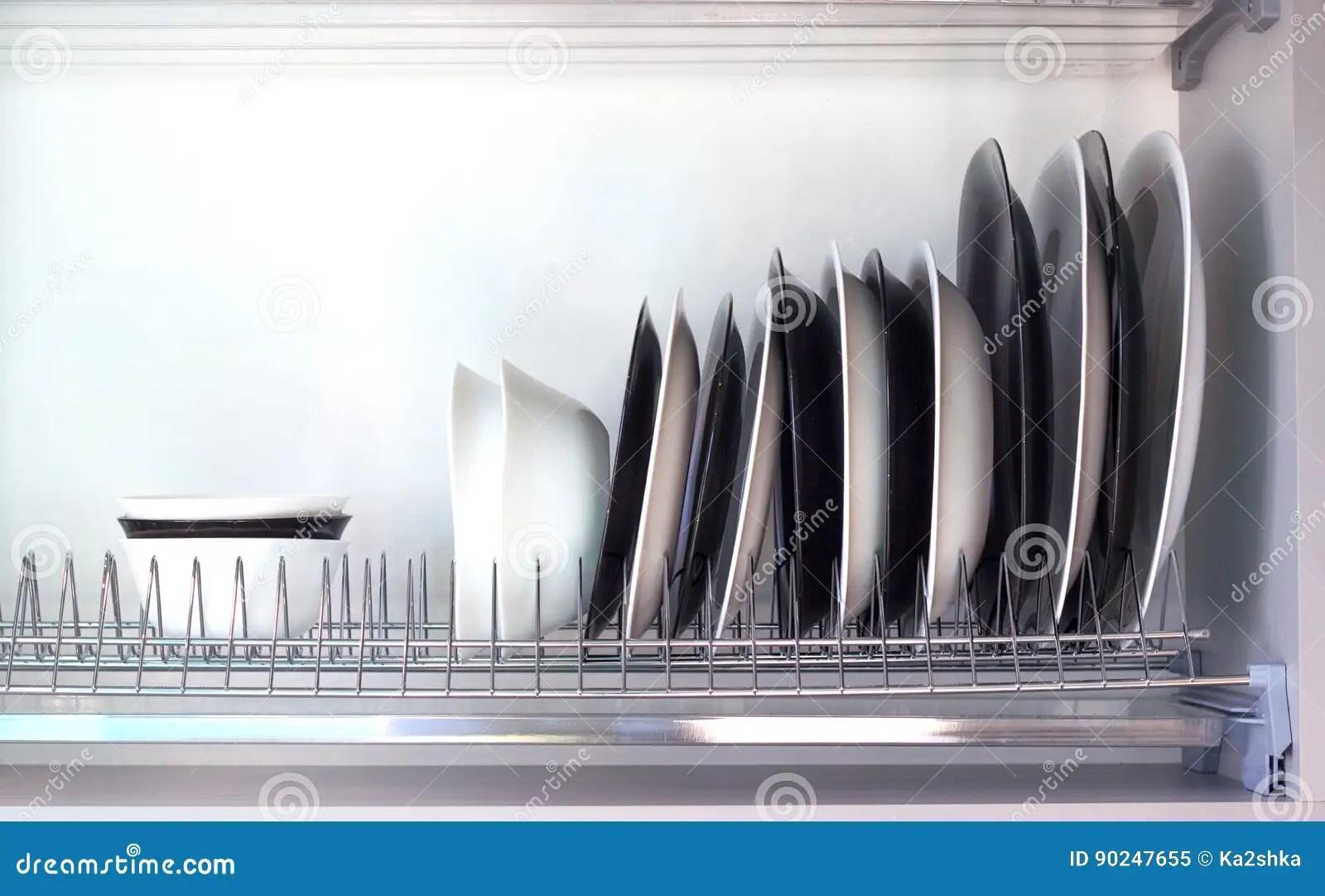 kitchen organizer redos 开放厨房抽屉细节与盘的库存图片 图片包括有厨房 机柜 组织者 流失 开放厨房抽屉细节与盘的