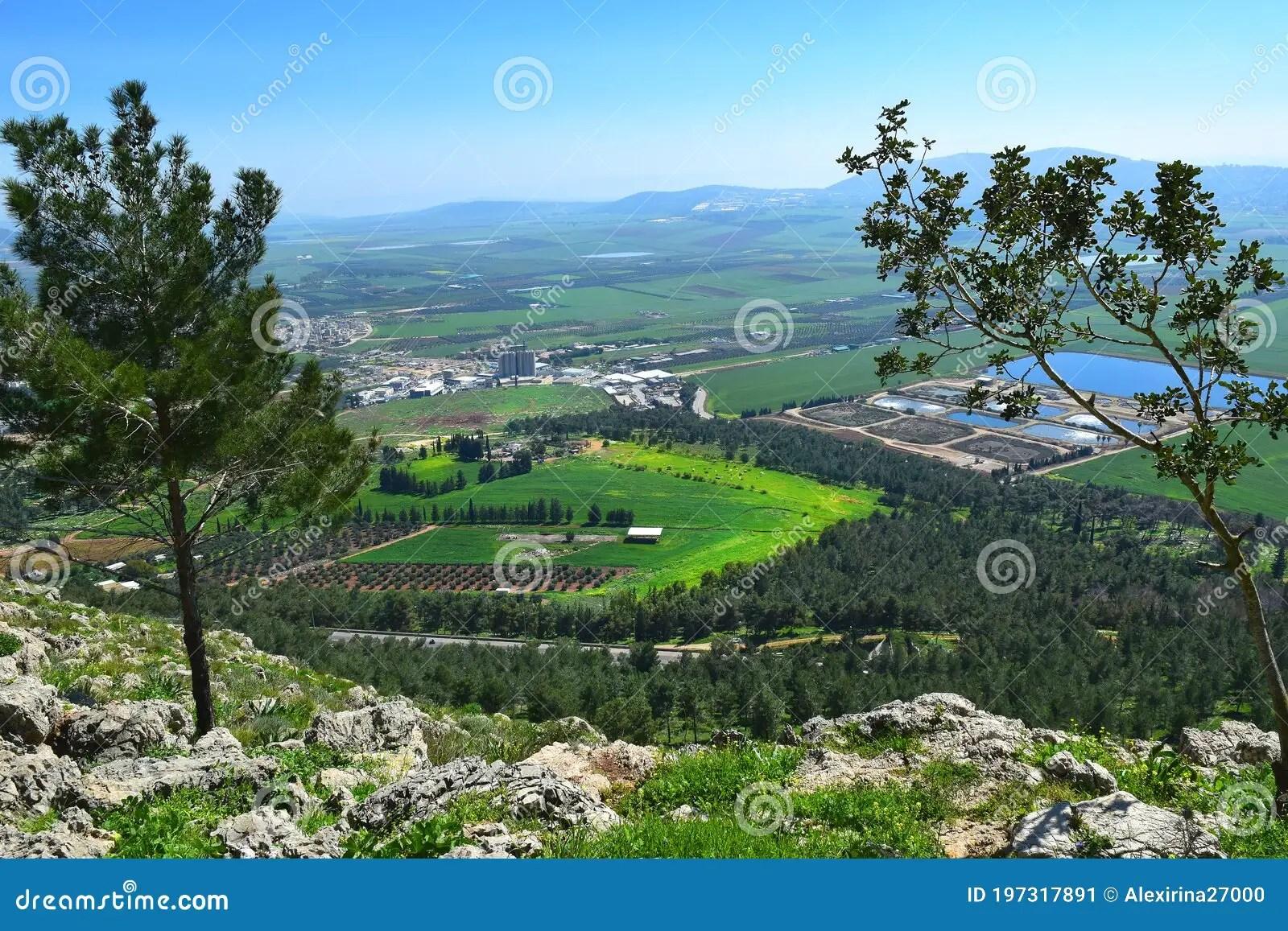 從懸崖,拿撒勒,下加利利,以色列的耶茲列爾谷景 庫存圖片. 圖片 包括有 從懸崖,拿撒勒,下加利利 ...