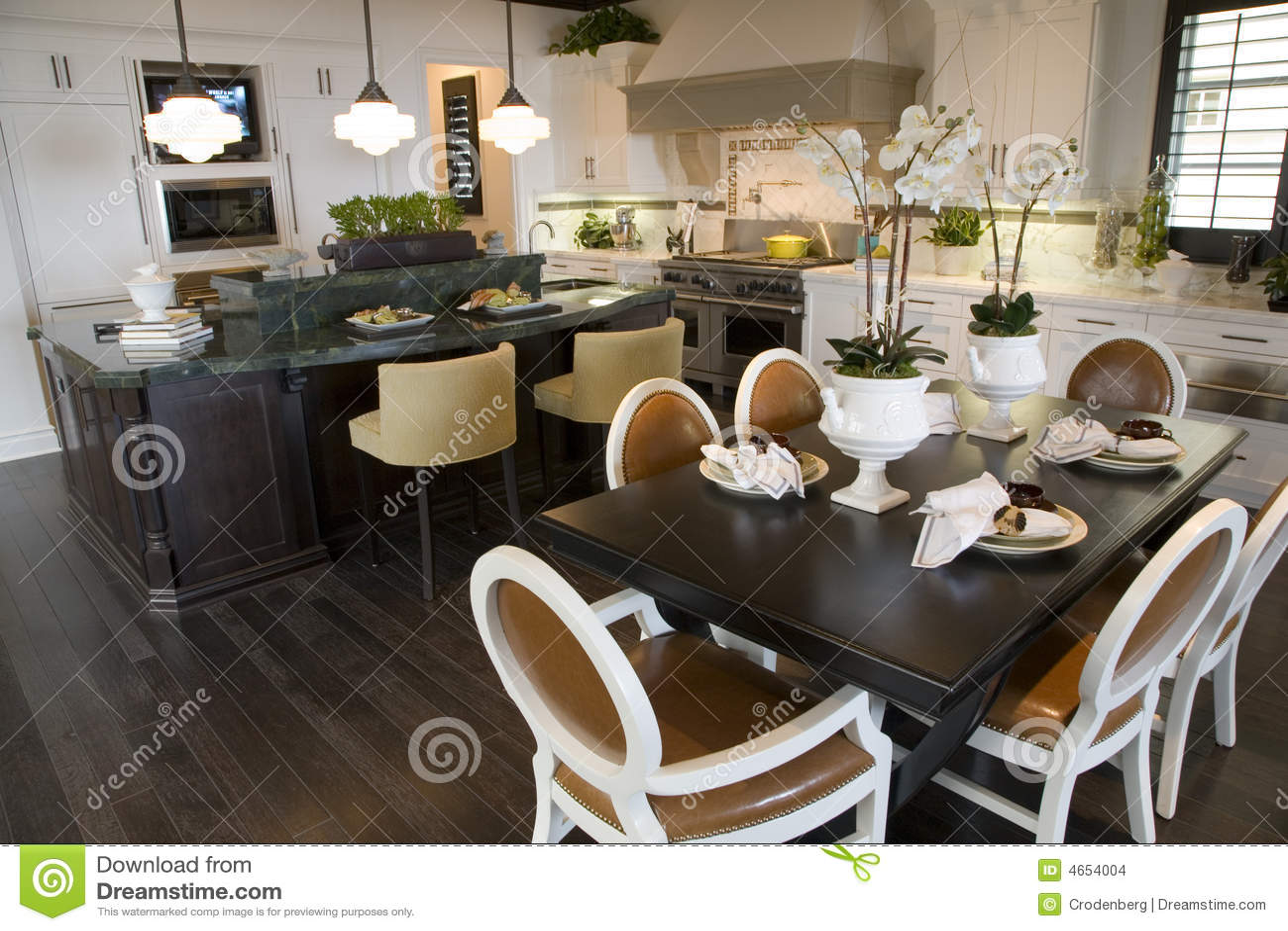 mobile home kitchens cheap kitchen faucets 早餐家庭豪华表库存照片 图片包括有庄园 枝形吊灯 设计员 里面 内部 早餐家庭豪华表