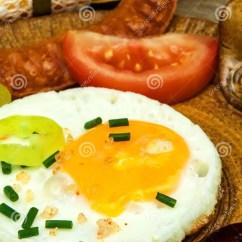Kitchen Prep Table Storage Bins 早餐饮食食物的煎蛋食物例证厨房准备向量妇女在一张木桌上的煎蛋库存照片 早餐饮食食物的煎蛋食物例证厨房准备向量妇女在一张木