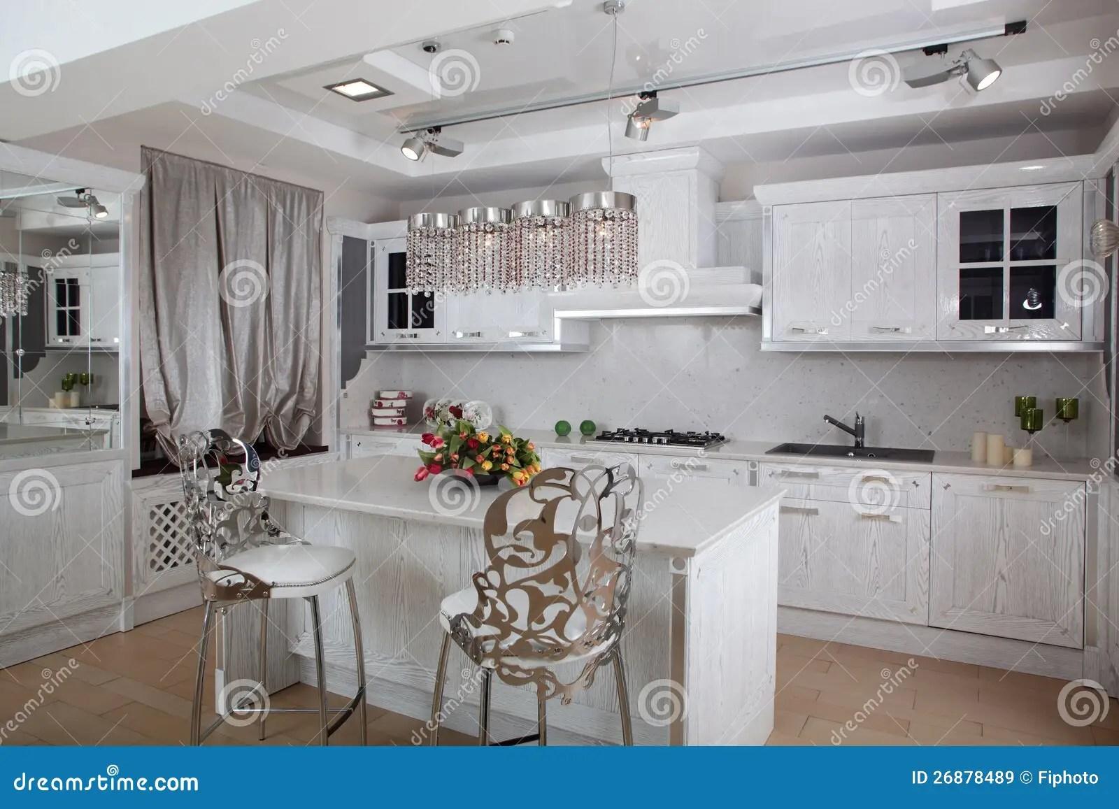 european kitchens ceramic kitchen cabinet knobs 明亮的全新的欧洲厨房库存图片 图片包括有国内 任何地方 设计 装饰 明亮的全新的欧洲厨房