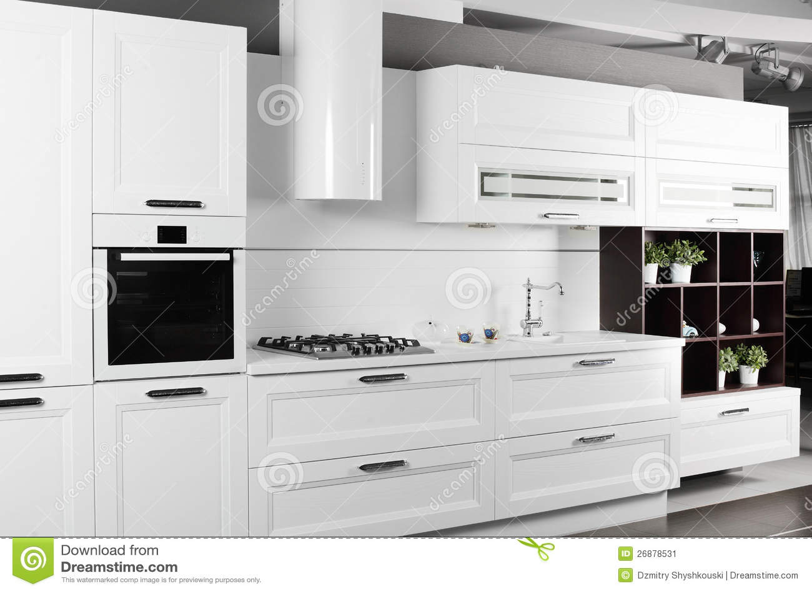 european kitchens white kitchen bar stools 明亮的全新的欧洲厨房库存图片 图片包括有任何地方 家具 房子 豪宅 明亮的全新的欧洲厨房
