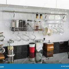 Kitchen Cabinet Makers Child Play 有咖啡角落的厨柜在现代家库存图片 图片包括有计数器 内部 烘烤 烤箱 有咖啡角落的厨柜在现代家