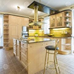Marble Kitchen Floor Sticky Tiles For 有大理石地板的厨房库存图片 图片包括有室内 内部 大理石 现代 椅子 有大理石地板的厨房