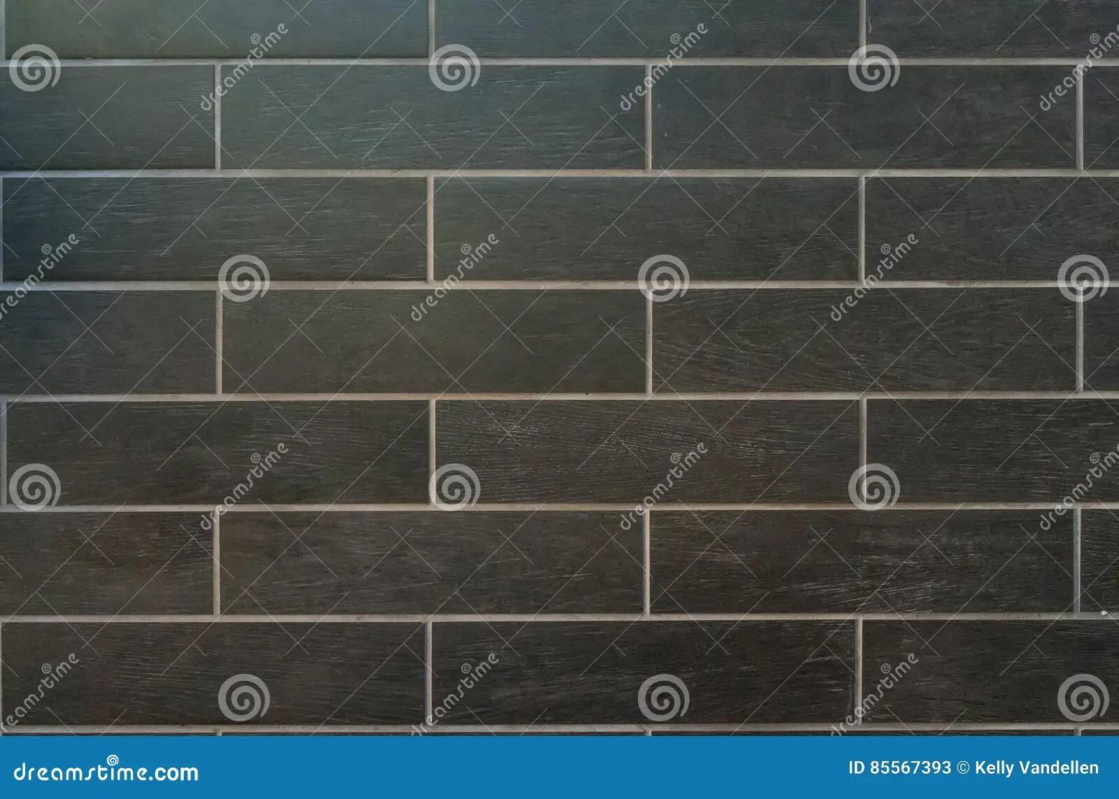 cement tile kitchen island lighting ideas 有白色水泥的长的灰色瓦片库存图片 图片包括有长期 背包 黑暗 厨房 有白色水泥和木五谷结束的长的灰色瓦片