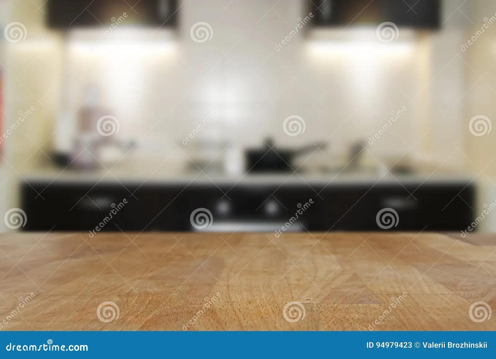 wood table kitchen best sink material 木顶面桌有被弄脏的厨房内部背景库存图片 图片包括有browne 墙壁 背包 在厨房内部背景的木桌