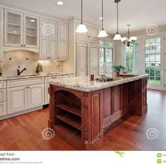 Slate Floor Kitchen Unique Backsplash 樱桃海岛厨房木头库存图片 图片包括有大理石 居住 板岩 花岗岩 机柜 樱桃海岛厨房木头