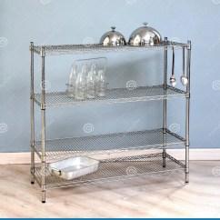 Kitchen Shelf Aid Ranges 独立铁厨房架子库存图片 图片包括有厨房 圆顶 减速火箭 牛奶 设计 与拿着两个食物圆顶 空的玻璃牛奶瓶和烤盘的机架设计的独立铁厨房架子