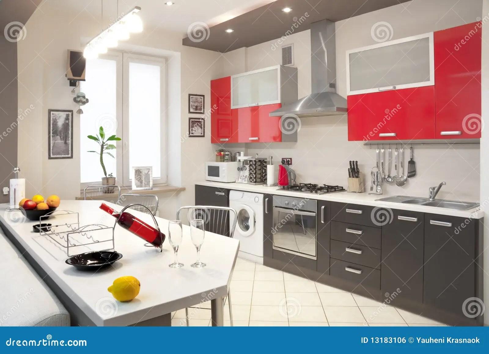 in stock kitchens hotels miami with kitchen 现代内部的厨房库存照片 图片包括有烤箱 大理石 内部 室内 烹饪器材 机柜内部厨房现代红色
