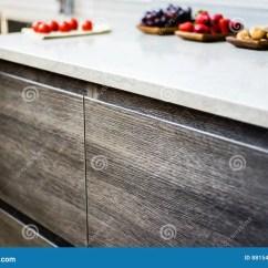 Brown Kitchen Sink Brand New Cost 现代厨房基地内阁库存图片 图片包括有样式 住宅 机柜 计划 大理石 现代厨房基地内阁