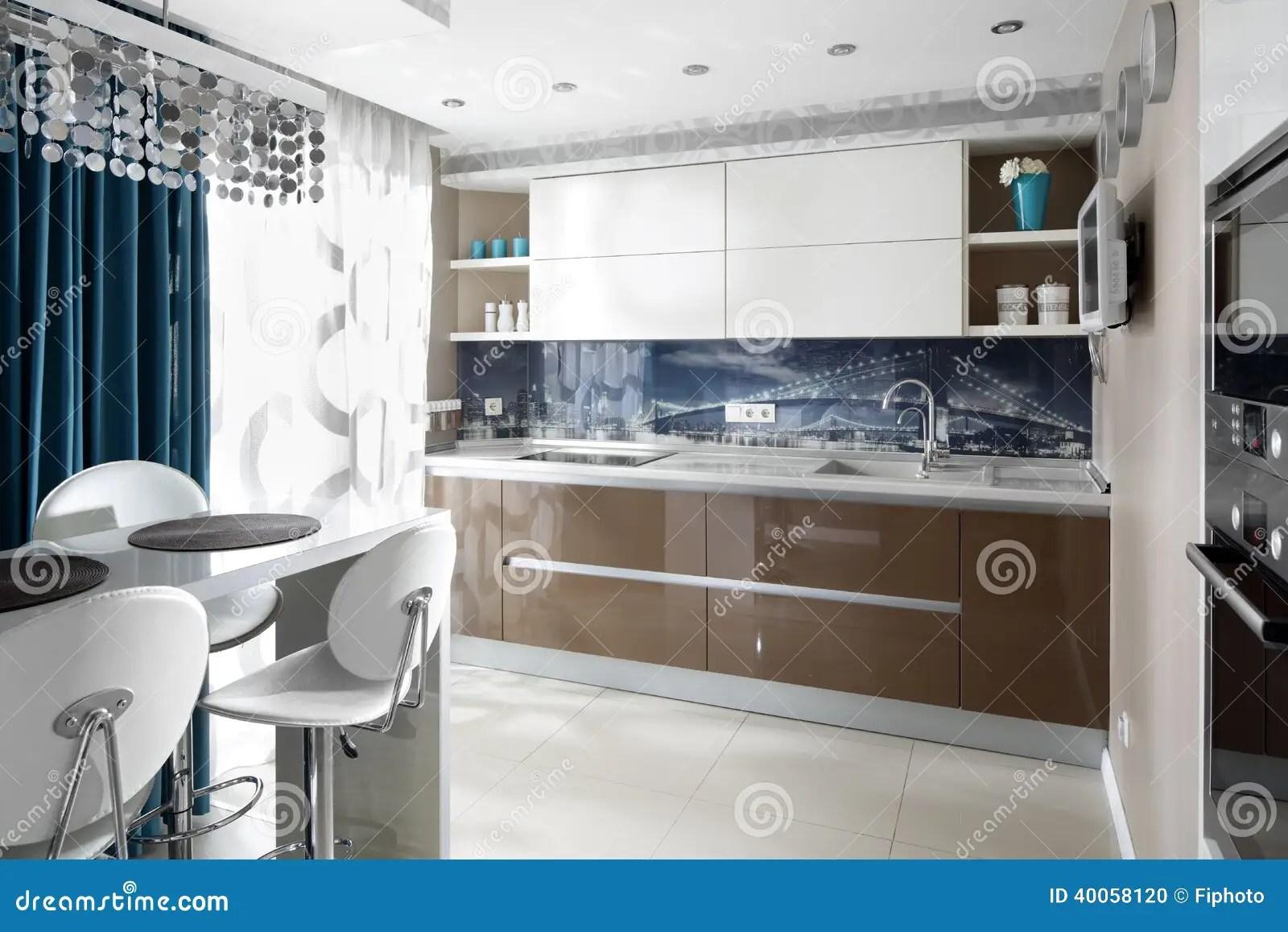 european kitchens purple kitchen decor 现代欧洲厨房内部库存照片 图片包括有家具 装饰 国内 现代 内部 没 明亮的厨房美好和式样内部