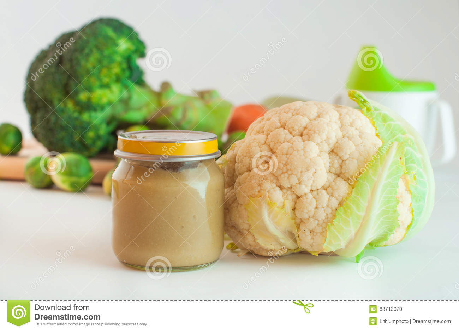 ellas kitchen baby food aid cookware 玻璃瓶子用自然婴儿食品蔬菜泥库存照片 图片包括有厨房 子项 瓶子 玻璃瓶子用自然婴儿食品蔬菜泥