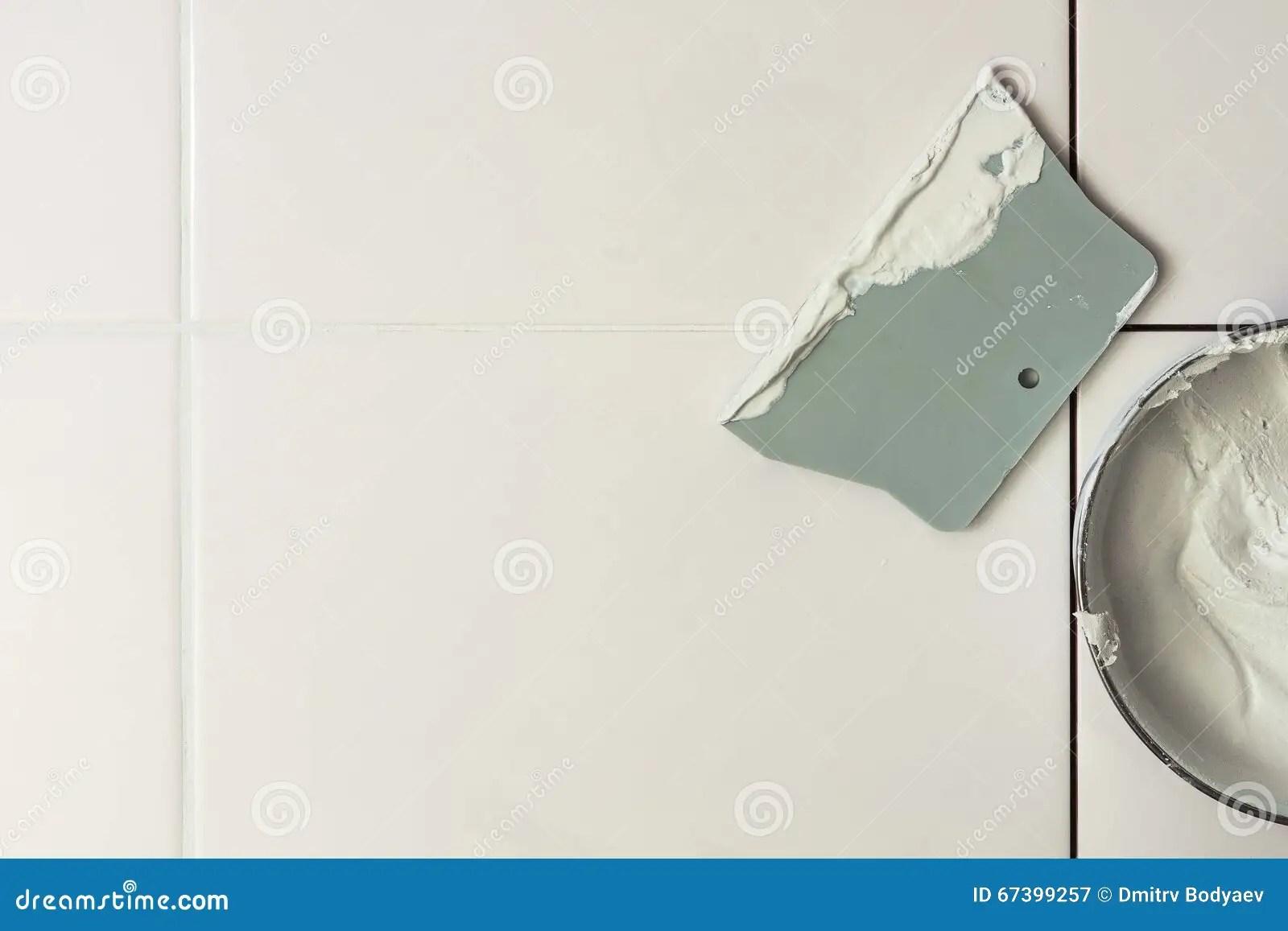 cement tile kitchen grohe faucets parts 瓦片和水泥对小铲库存图片 图片包括有恢复 文本 工具 橡胶 厨房 瓦片和水泥对小铲
