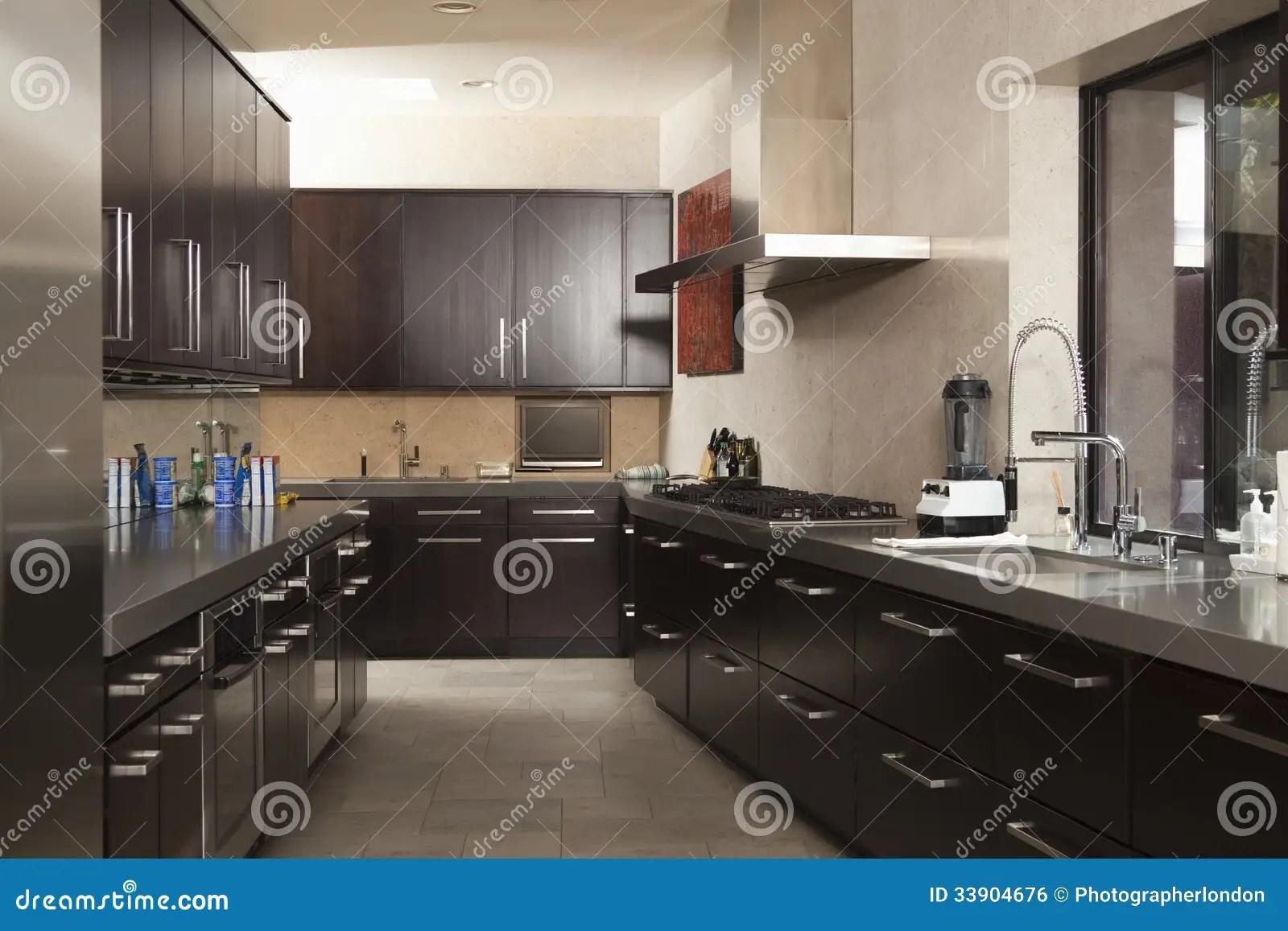 commercial kitchens kitchen rugs target 空的商业厨房库存照片 图片包括有春天 没人 掌上型计算机 水平 空的商业厨房