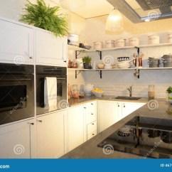 In Stock Kitchens Abt Kitchen Appliance Packages 美丽的厨房现代白色库存照片 图片包括有装饰 玉米 容易 酿酒厂 舒适 E R