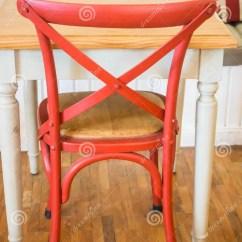 Wood Kitchen Chairs Small Stove 葡萄酒木厨房椅子和桌库存图片 图片包括有咖啡 工艺 空白 Backarrow 葡萄酒木厨房椅子和桌