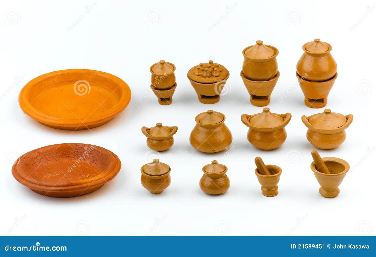 kitchen miniature laminate table 黏土厨房微型瓦器玩具库存图片 图片包括有烹调 作用 黏土 被恫吓的 了解微型瓦器俏丽的玩具的黏土逗人喜爱的孩子厨房
