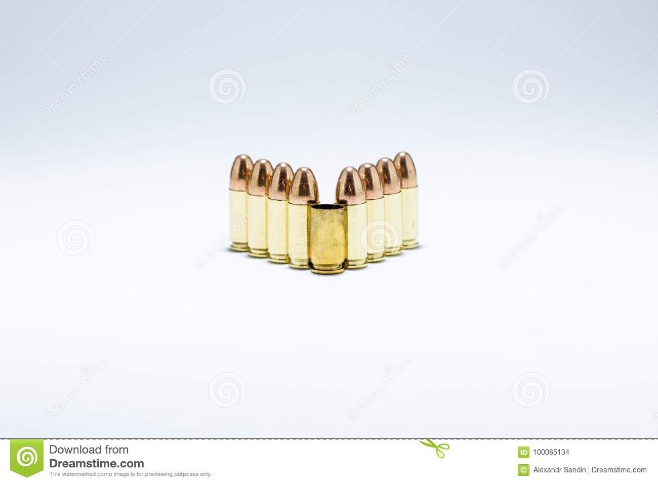 hight resolution of 9 mm cartridges with one empty shell