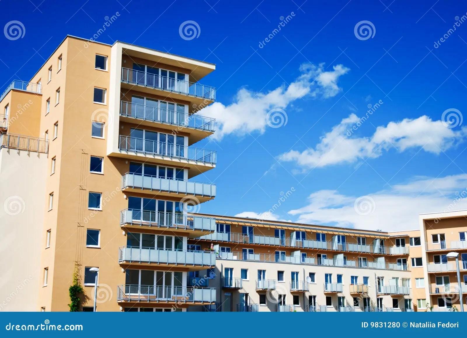 Apartamentos Modernos Foto de Stock  Imagem 9831280