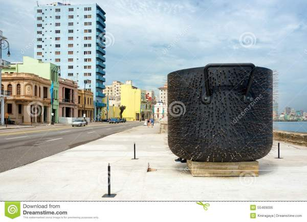 Art Installation Roberto Fabelo Havana Biennale