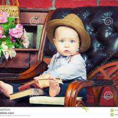 Baby Sitting Chair India Zero Gravity Cord Gentleman In A Leather The Hat Stock