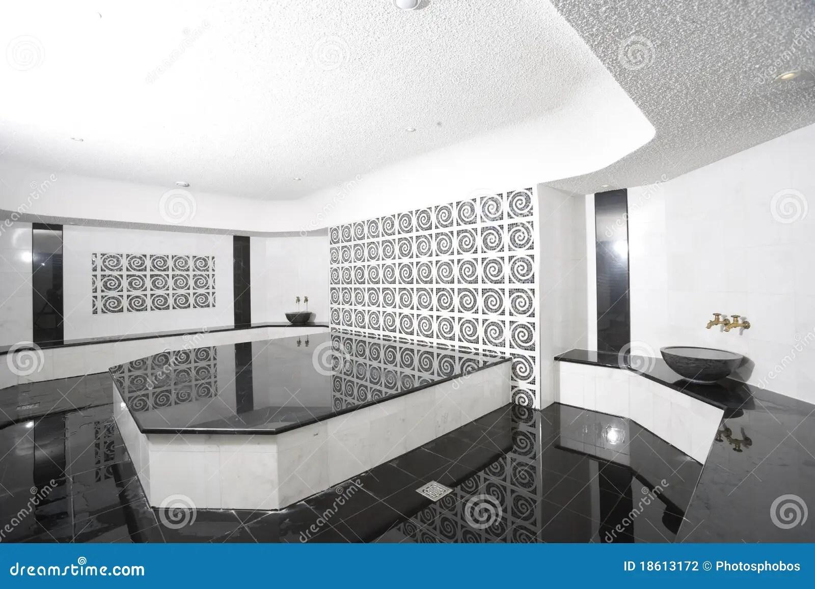 Bagno In Bianco E Nero Fotografia Stock  Immagine 18613172