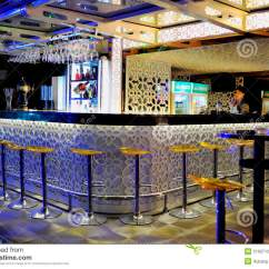Chair Design Restaurant Gold Chiavari Bar Counter Editorial Stock Image. Image Of China, Dinner - 21937129