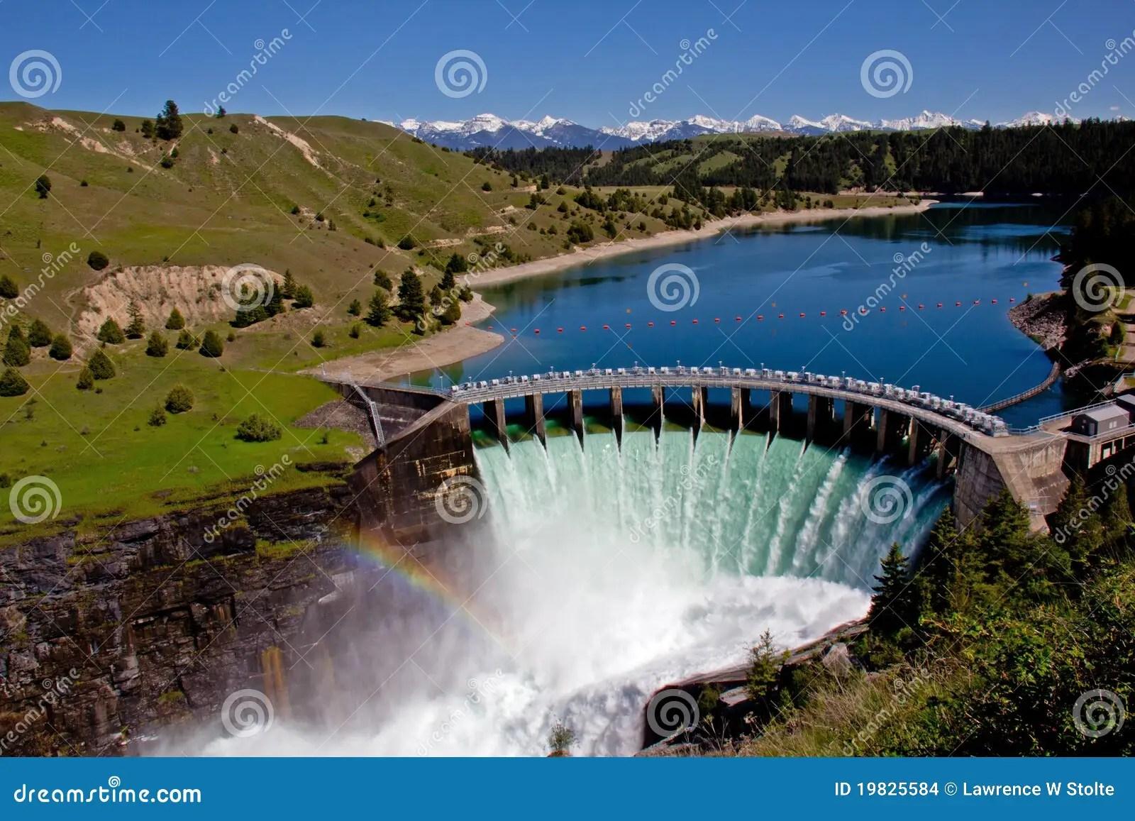 Barrage Hydro Electrique Photo Stock Image Du Montagnes