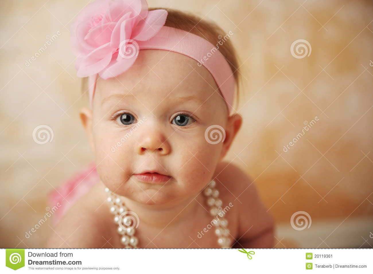 beautiful baby girl stock image - image: 20119361