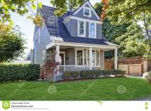 Small Front Yards with Curb Appeal House