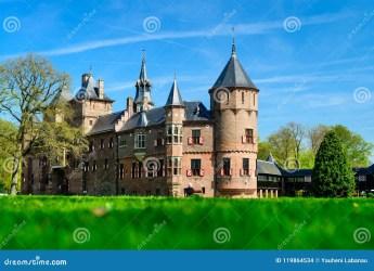 holland castle haar medieval ancient fantasy near brick lawn