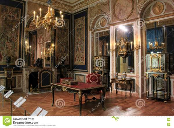 Beautiful Room With Masterpieces Louvre Paris France 2016 Editorial