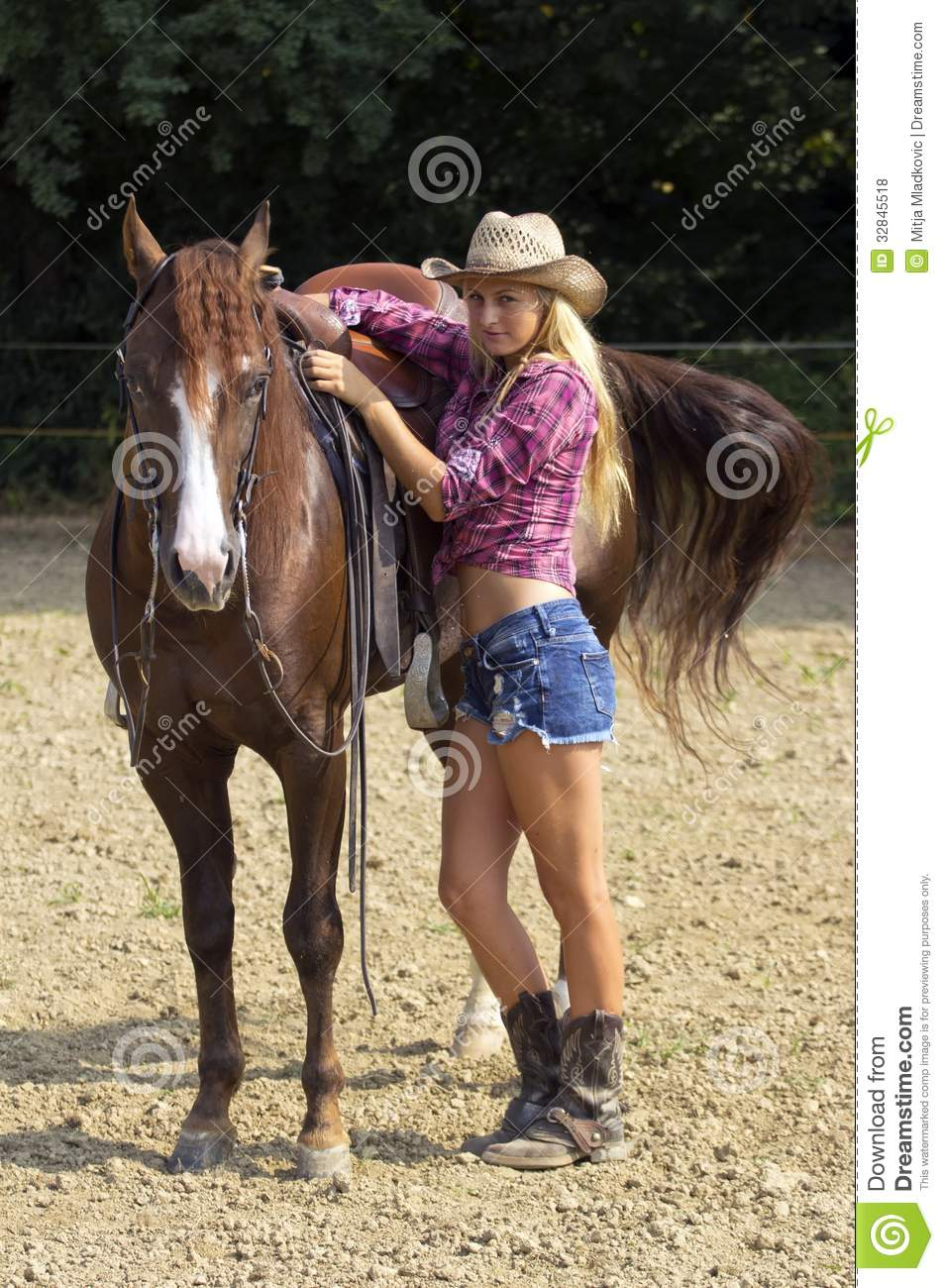 Blond Cowgirl Royalty Free Stock Photos Image 32845518
