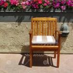 Blumen Spitze Des Stuhls Dachspitzenpatio Altmodischer Heller Pfosten Stockfoto Bild Von Rand Sichtbar 44824340