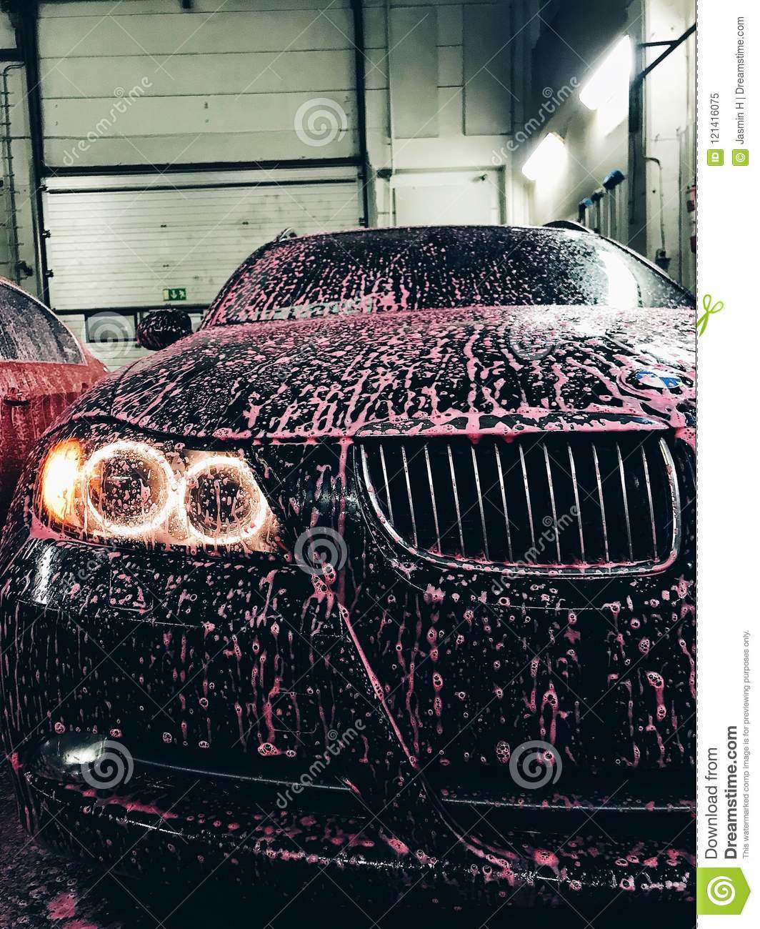 hight resolution of bmw at a car wash