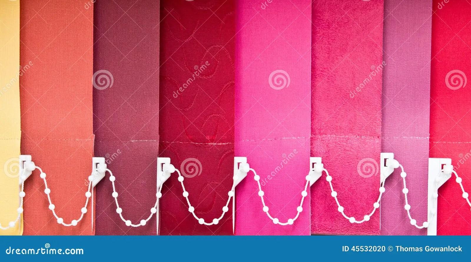 Bunte Vorhange Retro Vorhang Bunt Linien Im Wohnzimmer