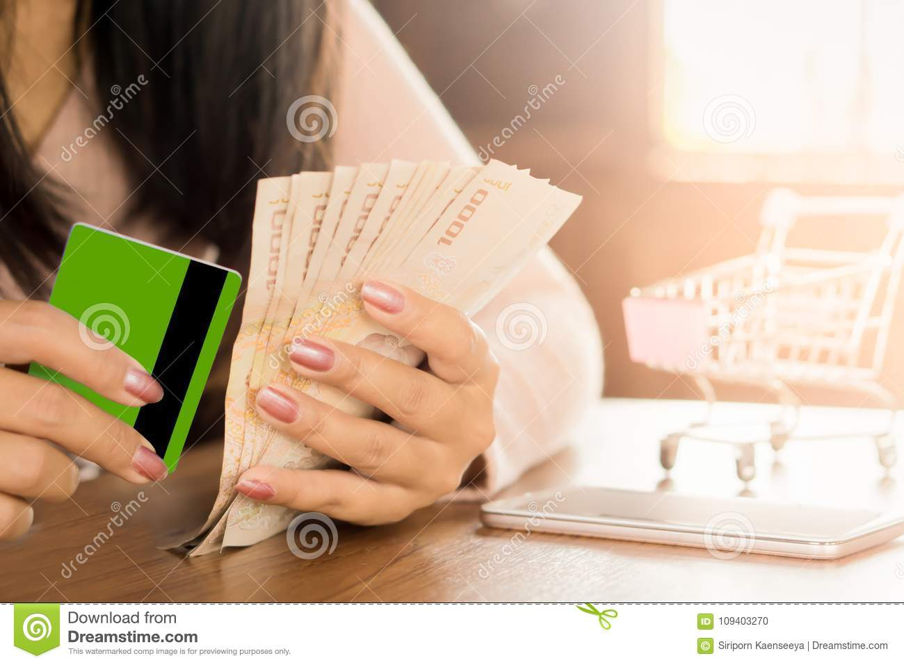 Download Business Woman Hand Preparing Money In Hand For Payment From Credit  Card Form Shopping Online