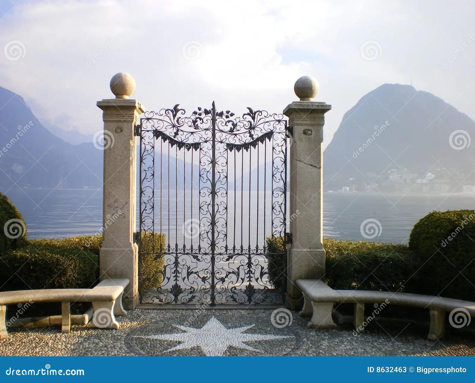Cancello Di Lugano Del Lago Al Paradiso Immagine Stock